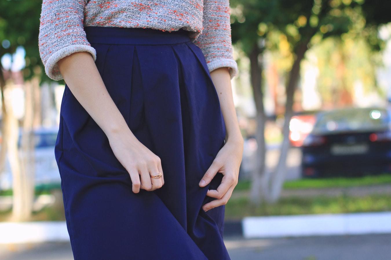 Những điều cần tránh khi mặc váy dài Quảng Châu